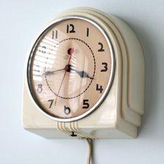 little deco clock