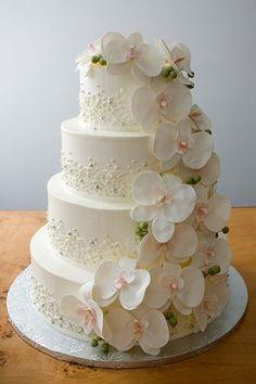 Wedding cake!!! Lovely!!