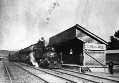 Chile, Región de Los Ríos. Vista de la estación ferroviaria de las ciudad de Curanilahue, finales de la década del 50's