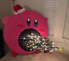 Worried about your cat ruining your Christmas tree? Kirby will suck the whole thing up. Creative Christmas Trees, Diy Christmas Tree, Christmas Tree Decorations, Christmas Time, Christmas Ideas, Merry Christmas, Diy Crafts Magazine, Navidad Diy, Diy Weihnachten