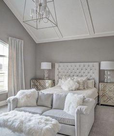 Stunning all white glam bedroom decor with white velvet tufted bed and sheepskin. Stunning all white glam bedroom decor with white velvet tufted bed and sheepskin bench IVO DE JONG White Bedroom Decor, Glam Bedroom, Stylish Bedroom, Room Ideas Bedroom, Home Decor Bedroom, Modern Bedroom, Contemporary Bedroom, Long Bedroom Ideas, Bedroom With Couch