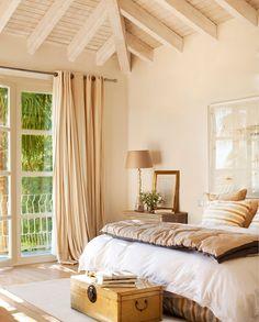 La casa de las mil y una ventanas al jardín · ElMueble.com · Casas