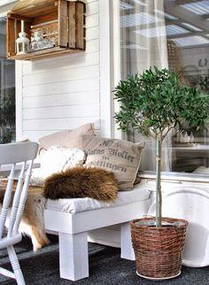 Outdoor Kitchen, all kinds of details... http://hannashantverk.blogspot.com/