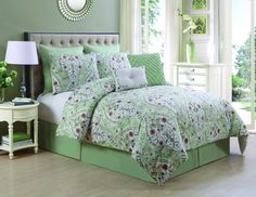 The VCNY Evangeline 8 Piece Comforter Set blooms with its on-point colors and a contemporary floral pattern. A friendly and inviting way to dress your. Designer Comforter Sets, Queen Comforter Sets, Bedding Sets, Paisley Bedding, Floral Comforter, Console, Bed In A Bag, Interiores Design, Comforters