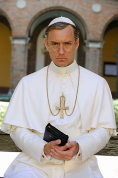Photo of Jude Law from The Young Pope (10)