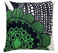 Siirtolapuutarha Cushion - 50 x 50 cm Siirtolapuutarha - White & green by Marimekko - Design furniture and decoration with Made in Design