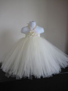 LOVE the tutu look for my flower girls, but i do want to incorporate a little bit of purple to tie them in between my wedding dress color and athe BM dress color Flower Girl Outfits, Cute Flower Girl Dresses, Flower Girl Tutu, Pretty Dresses, Girls Dresses, Flower Girls, Sister Wedding, Dream Wedding, Wedding Inspiration