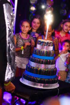 Fake Cake for the birthday song. (Sorry, no instructions) Neon Birthday, Birthday Songs, 16th Birthday, Birthday Cake, Glow In Dark Party, Glow Party, Neon Sweet 16, Bolo Neon, La Trattoria