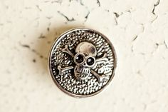 Snap Button - Skull Skull Pendant, Buttons, Personalized Items, Plugs