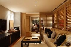 Sala de TV com pufe Partition Door, Sliding Room Dividers, Sweet Home, Beautiful Interior Design, Interiores Design, My Dream Home, Family Room, House Design, Living Room