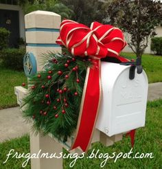 diy christmas decor mailbox wreath - Christmas Mailbox Decorations Ideas