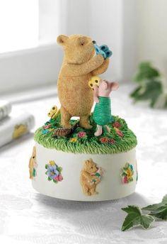 Pooh & Piglet Musical - Winnie the Pooh Figurine