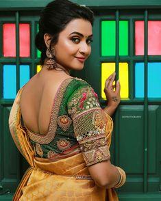 Get complete catalogue of designer silk saree blouse back neck designs for South Indian Bride. Blouse Back Neck Designs, Silk Saree Blouse Designs, Bridal Blouse Designs, Blouse Patterns, Silk Sarees, Blouse Desings, Saree Photoshoot, Beautiful Blouses, Beautiful Saree