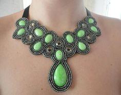 Maxi Colar Pedras Green