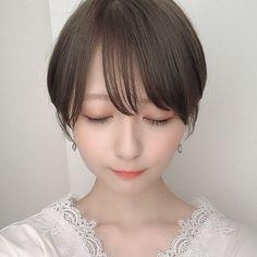 Pin on 髪型 Short Bob Hairstyles, Pretty Hairstyles, Japanese Girl, Cute Girls, Short Hair Styles, Hair Beauty, Beautiful Women, Lady, Hair