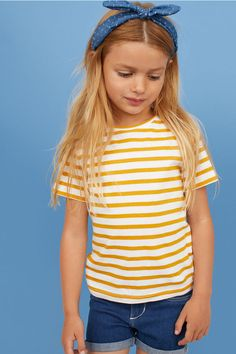 Striped T-shirt - Yellow/Striped - Kids Young Girl Fashion, Kids Fashion, Girl Outfits, Cute Outfits, Yellow Stripes, Winter Wardrobe, Organic Cotton, Summer Dresses, T Shirt