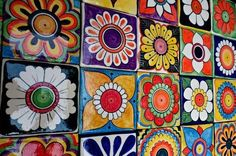 Pottery Painting, Ceramic Painting, Ceramic Art, Mexico Art, Ecole Art, Clay Tiles, Parasol, Collaborative Art, Motif Floral