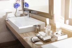 With all the products, bathrooms can be such a mess! But check out these organizational hacks that will make you feel fresh and functional! Perfect...