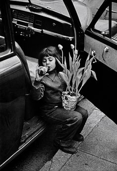 W. Eugene Smith - The photographer's daughter, 1950's