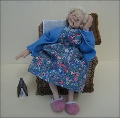 12th Scale Old Dear Napping
