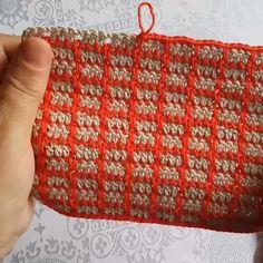 Ajudando Pessoas a Aprenderem Crochê Sem Sair de Casa, Topa? - بافتنی - Ajudando Pessoas a Aprenderem Crochê Sem Sair de Casa, Topa? Modern Crochet, Crochet Home, Crochet Crafts, Crochet Yarn, Easy Crochet, Crochet Projects, Diy Crafts, Crochet Stitches Patterns, Knitting Patterns