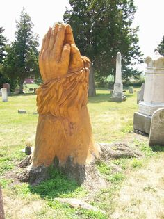 Praying hands tree stump, Tree carved in old cemetery Cemetery Monuments, Cemetery Statues, Pet Cemetery, Cemetery Headstones, Old Cemeteries, Angel Statues, Graveyards, Unusual Headstones, Tree Carving