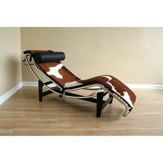Le Corbusier Chaise Lounge in Pony Skin - Living Room - Furniture
