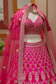 Bridal Lehenga Choli, Lehenga Saree, Saree Wedding, Indian Wedding Planning, Wedding Planning Websites, Indian Dresses Online, Indian Attire, Bridal Outfits, Festival Wear