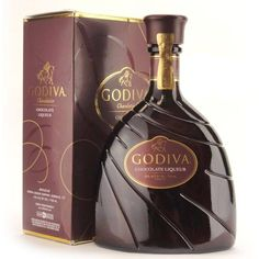 Spike your hot chocolate with some Godiva Chocolate Liqueur! Chocolate Martini, Chocolate Liqueur, Chocolate Marshmallows, Chocolate Shop, Chocolate Lovers, Chocolate Desserts, Holiday Drinks, Fun Drinks, Yummy Drinks
