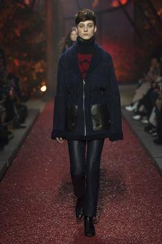 Hermès Fall 2018 Ready-to-Wear Fashion Show Collection Fashion Wear,  Fashion 2018 ece308f79e0
