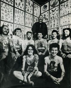 Bristol Tattoo Club - Established in 1953 by Les Skuse Tattoo Photography, People Photography, Tattoo Voodoo, Vintage Style Tattoos, Tattoo Vintage, Historical Tattoos, Temple Tattoo, Old Tattoos, Tatoos