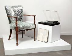Disco lounge chair