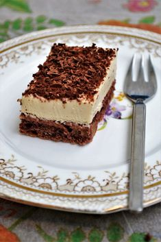 Prajitura cu nuca si mascarpone Cake Design For Men, Healthy Desserts, Nutella, Cake Recipes, Cheesecake, Deserts, Good Food, Food And Drink, Cooking Recipes