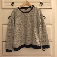 Athleisure Sweater Black and white. Made of 48% cotton 37% polyester 15% rayon. Forever 21 Sweaters Crew & Scoop Necks