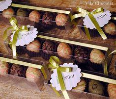 Vila Chocolat: caixa com seis ovinhos de sabores variados