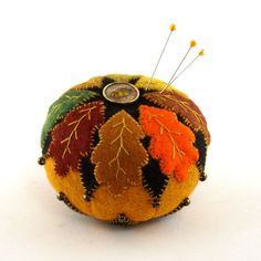2015 OOAK Janie Comito ~ Fall's Coming ~ Autumn Oak Leaves Pin Cushion