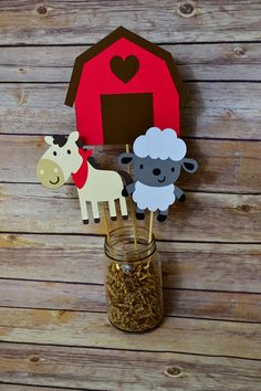 Granja animales corral centro de mesa cumpleaños corral centro Farm Birthday, 2nd Birthday Parties, Birthday Centerpieces, Happy Party, Farm Party, Animal Party, Alter, First Birthdays, Baby Shower Gifts