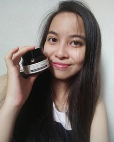I got klairs skin care from @nattacosme . I'm in love with it ❤ . It make my face look smooth and clean as well . 💘 So if you all want more details or more products , go and check it out 😉 btw , thankyou for the gift 💖 #nattacosmereview