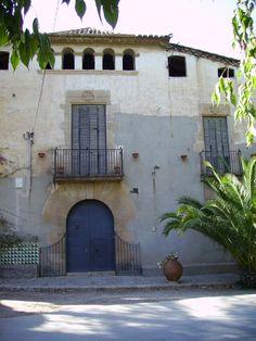 Masia de Can Solé de la Torre - Casa pairal dels Güell