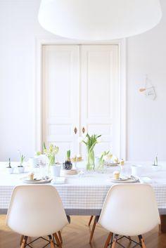 Tabletop Idea: Early Flowering - decor8