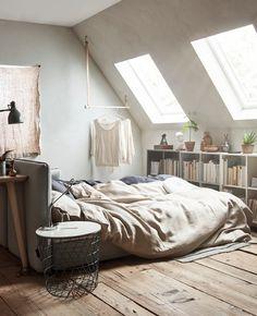 aménager une chambre d'amis en atelier, bureau et espace de relaxation. Une pièce multifonctions pour chez vous !