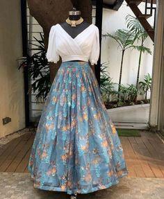Latest Exclusive Designer Bridal Lehenga Choli in 2020 - Source by jannettesaleta - Choli Designs, Fancy Blouse Designs, Stylish Dress Designs, Designs For Dresses, Lehenga Designs, Stylish Dresses, Party Wear Indian Dresses, Indian Gowns Dresses, Indian Fashion Dresses