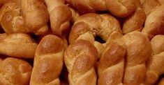 ΑΡΩΜΑ ΤΣΟΥΡΕΚΙΟΥ ΠΛΗΜΜΥΡΙΖΕΙ ΤΗΝ ΑΤΜΟΣΦΑΙΡΑ, ΟΧΙ ΔΕΝ ΕΦΤΙΑΞΑ ΤΣΟΥΡΕΚΙ ΑΛΛΑ ΚΟΥΛΟΥΡΑΚΙΑ ΜΕ ΓΕΥΣΗ ΤΣΟΥΡΕΚΙΟΥ !!! Υλικα : 250 γρ γιαούρτι,... Sausage, Biscuits, Recipies, Easter, Sweets, Meat, Vegetables, Food, Crack Crackers