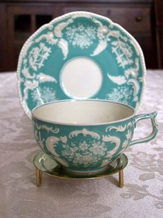 China Tea Cup & Saucer in Turquoise and White Vintage Tea, Café Chocolate, Teapots And Cups, Teacups, Cuppa Tea, China Tea Cups, My Cup Of Tea, Tea Cup Saucer, Afternoon Tea