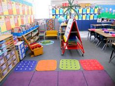 A Vivid, Cheery Classroom | 30 Epic Examples Of Inspirational Classroom Decor