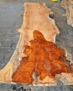 A phenomenal Tasmanian Rose Myrtle log! Most slabs show small to large burl clusters, pockets of varying figure patterns and beautiful, rich pink to red heartwood! These slabs would make outstanding one of a kind table tops! ~ Hearne Hardwoods Inc. Wood Table Design, Woodworking Inspiration, Live Edge Table, Wood Slab, Wood Texture, Types Of Wood, Wood Grain, Wood Furniture, Wood Crafts