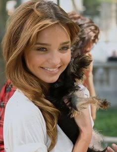 Light Golden Brown Hair - Miranda Kerr hair-inspiration-ideas