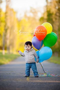12 month picture idea. I love the colors in this photo. Would be fun for kid of any age.