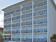 Beach Quarters Resort Daytona - Daytona Beach FL 32118. Upto 25% Discount Packages. Please visit-   http://www.daytonabeachquartershotel.com/
