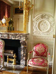 Petit Trianon – Versailles  | reference for Celeste Mortinné's apartment in Paris @ the last canvas